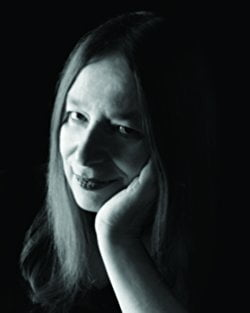Bookwormex - Alison Weir (Author)